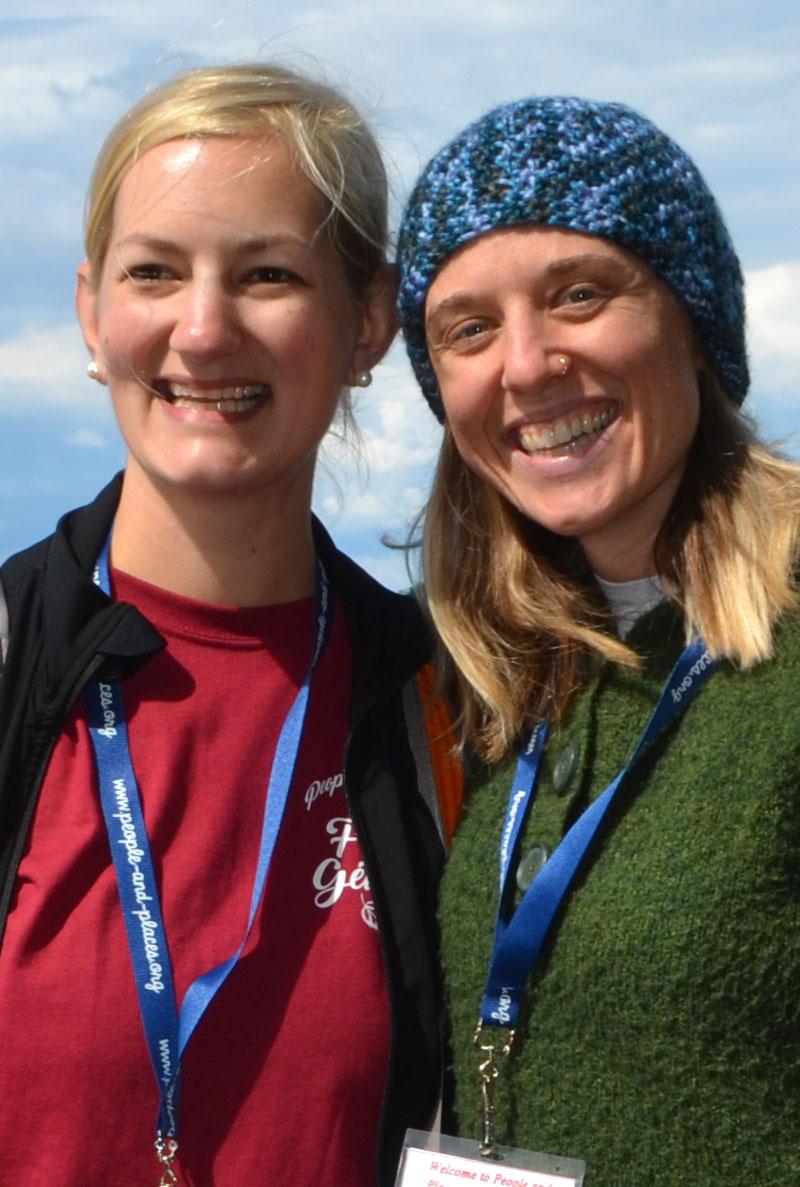Photo of two Volunteers